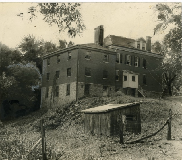The Caroline County Jail between World War I and World War II