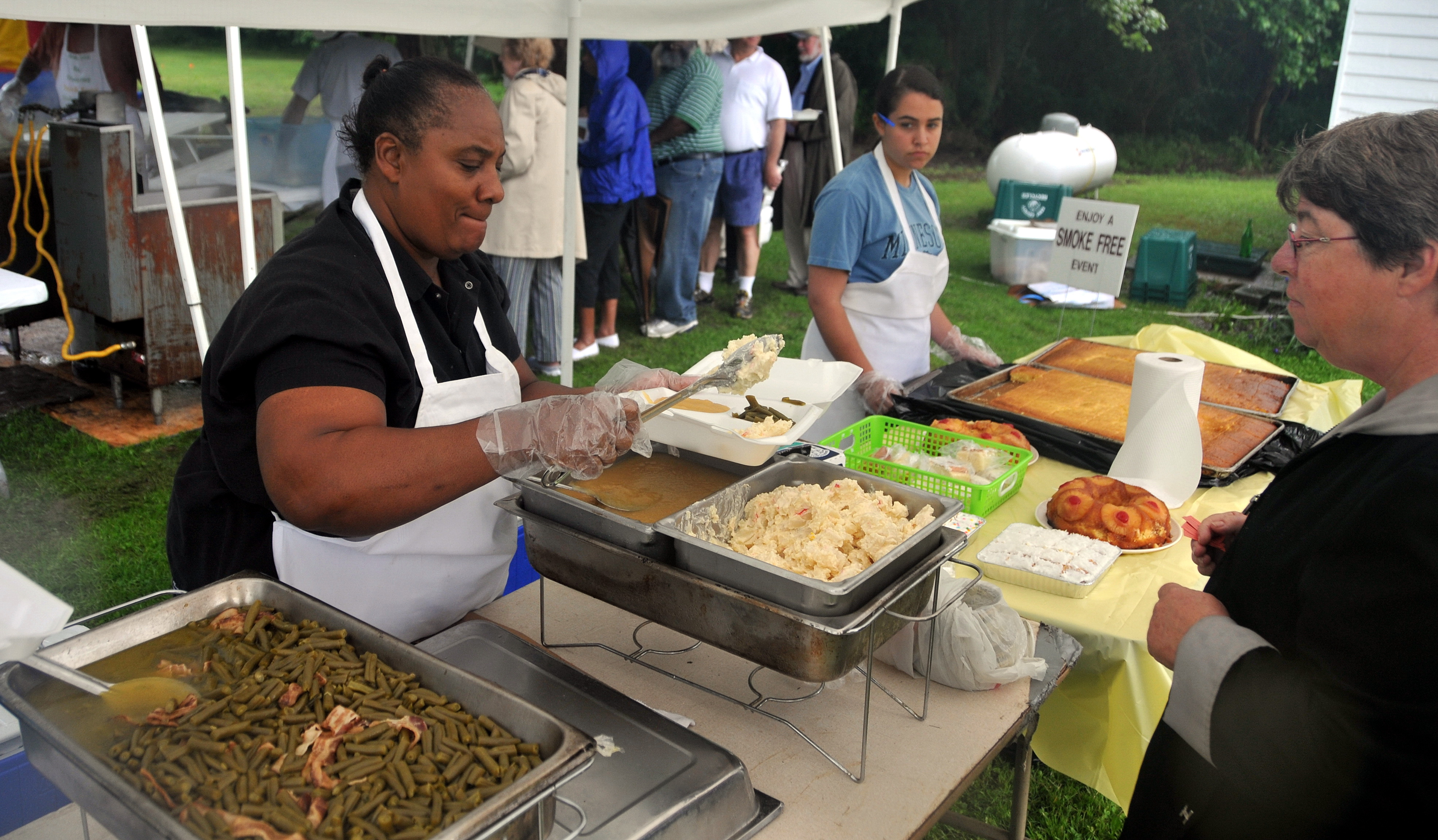 Popular fish fry to support african american schoolhouse for Sides to bring to a fish fry